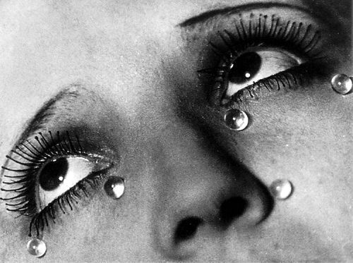 Tears por Man Ray